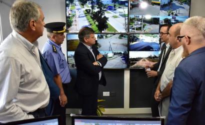 El Vicepresidente Ing. Luis Eiman participó junto al Gobernador de la inauguración del Sistema de Video Vigilancia Inteligente en Villa Ángela.